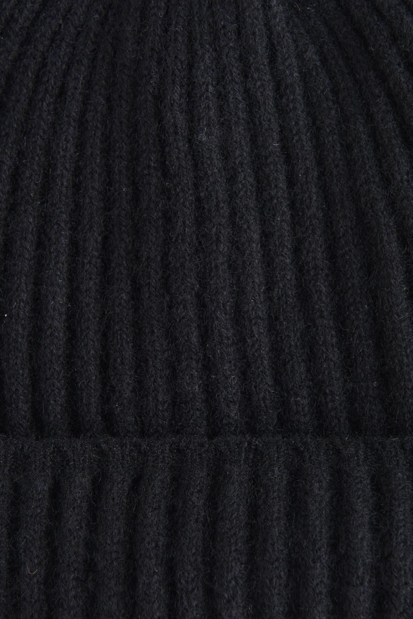 Шапка из черного кашемира