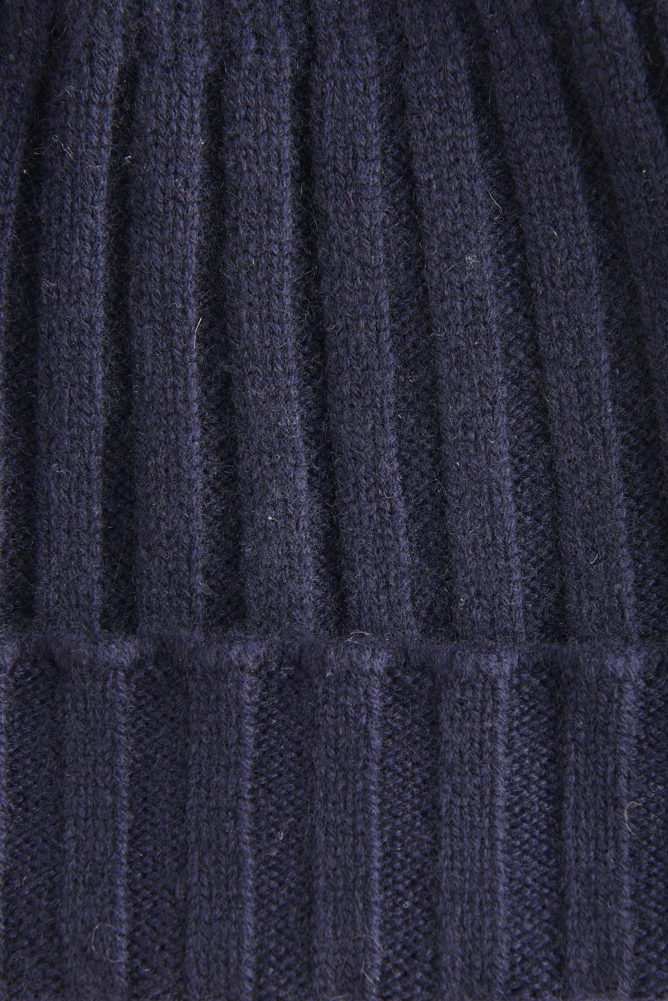 Шапка из темно-синего кашемира