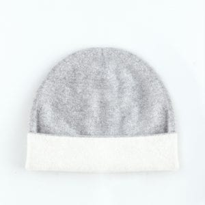 Серая двусторонняя шапка из кашемира